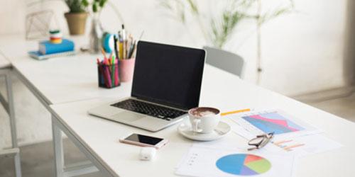 Tipp 1: Der richtige Schreibtisch